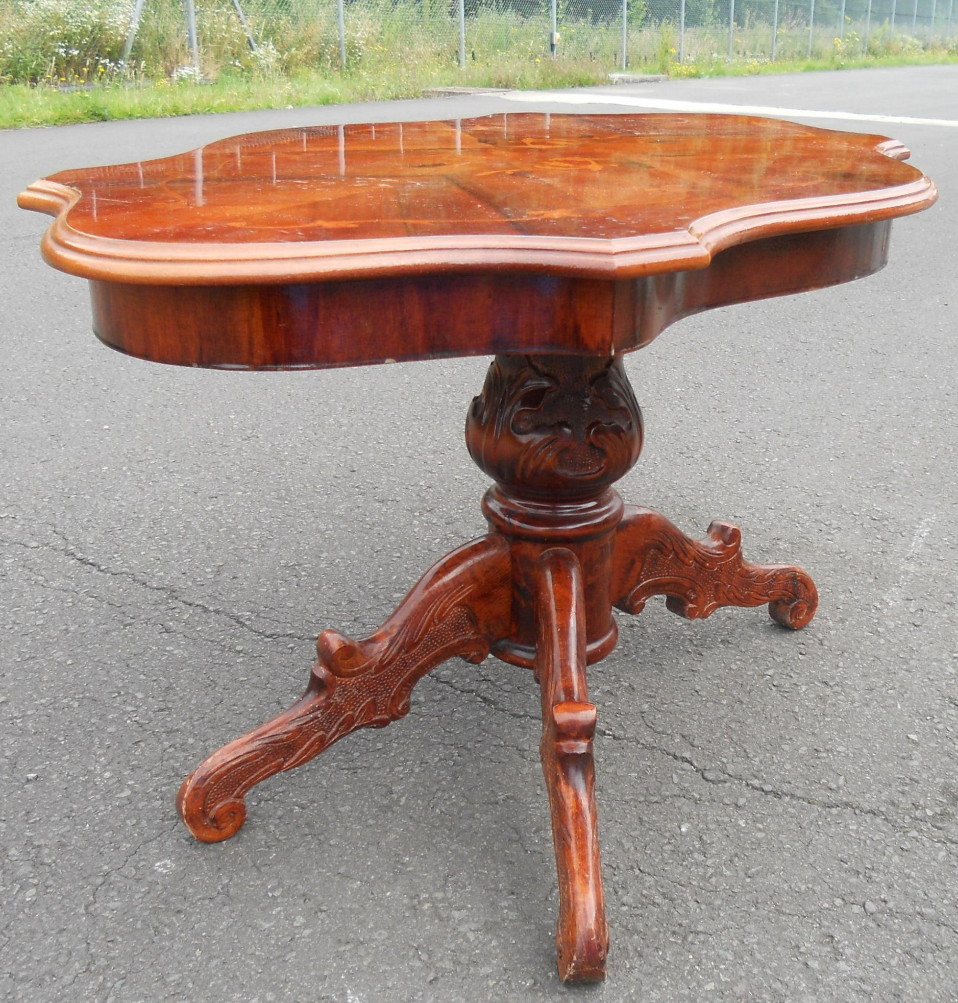 Walnut Oval Coffee Table Uk: Large Shaped Top Inlaid Walnut Coffee Table